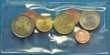 Vaticano lanza Starkits con una serie de monedas 2011